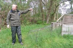 Boswachter Leo vertelt enthousiast over de eendenkooi